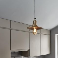 The Small Flat Pendant is perfect for use in kitchens, as well as other spaces in your home. Contact us now on 020 7971 7871 to order yours! Wire Pendant Light, Industrial Pendant Lights, Pendant Lighting, Wall Lights, Ceiling Lights, Wall Mounted Light, Urban Setting, Ceiling Rose, Brass Material