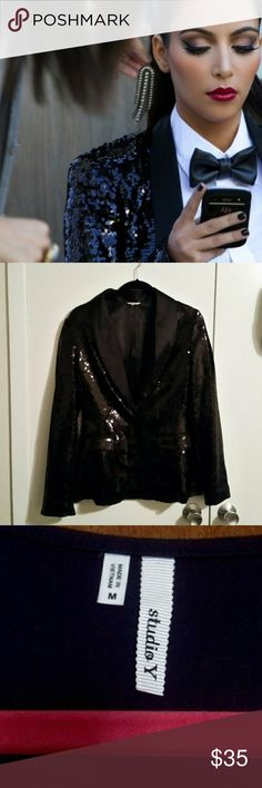 Black sequin designer blazer size medium Black designer inspired blazer, COVERED in sequins. Work only a few times, in perfect condition and hard to find at this price point. Studio y size medium. Jackets & Coats Blazers