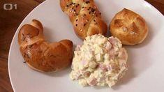 Hermelínový salát — Kluci v akci — Česká televize Salads, Low Carb, Menu, Potatoes, Snacks, Vegetables, Recipes, Food, Kochen