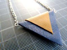 DIY : Collier triangle cuir