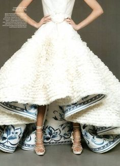 like the short in front/long in back skirt, LOVE the blue lining, want big blue scrollwork or paisley