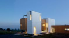 Karuna House in Newberg in US / designed by Holst Architecture