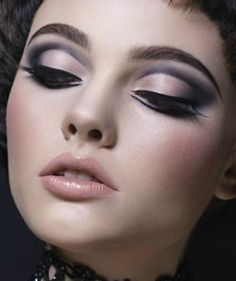 I'm seeing a lot of the trend of eyeliner like this, not right by the eyes. I also have eyebrow envy.