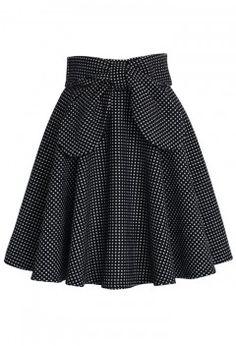Dot bow skirt - obsessed!