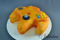 Nintendo-kakku Nintendo 64, Pudding, Desserts, Food, Tailgate Desserts, Deserts, Custard Pudding, Essen, Puddings