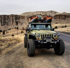Who think this jeep is stunning😍? - Like❤️+Comment👇+Save👀 - ➖➖➖➖➖➖➖➖➖➖➖ Jeep Tj, Jeep Wrangler Rubicon, Jeep Cars, Jeep Truck, Jeep Scout, Jeep Trails, Custom Jeep, Off Road Adventure, Cool Jeeps