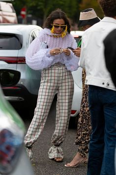 The best street style from copenhagen fashion week 2019 68 ideas fashion vogue sketches haute couture Cool Street Fashion, Street Chic, Look Fashion, Men Street, Paris Street, Fashion Styles, Paris Fashion, Street Mall, Different Styles Fashion