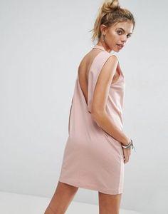 Платье-футболка без рукавов с V-образным вырезом на спине ASOS