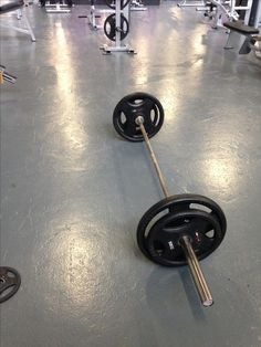 Before i were sick i lifted with deadlift 95kg, atm i am at 80kg. Proud of making progress again! #motivation
