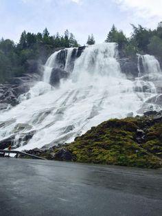 Vidfossen Waterfall - Odda, Norway                              …