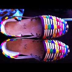 Authentic Mexican Shoes>>> want some!!