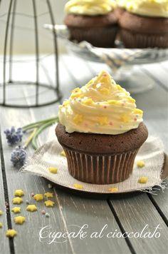 I dolci nella mente: Cupcakes al cioccolato con frosting al Philadelphia...e le stelle di Chiara