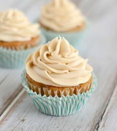 These Carrot Cake Cupcakes have a Brown Sugar Cream Cheese Frosting that is heavenly. These moist cupcakes have just the right amount of spice, and will be perfect for any Spring or Easter celebrations. Moist Cupcakes, Carrot Cake Cupcakes, Cupcake Cakes, Cup Cakes, Delicious Cupcakes, Pretty Cupcakes, Cheesecake Cupcakes, Coconut Cupcakes, Cake Cookies