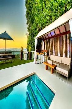 Luxury Apartments, Luxury Homes, Los Angeles Apartments, Beverly Hills Hotel, Koh Samui, Beach Chairs, Beautiful Places To Visit, International Airport, Pacific Ocean