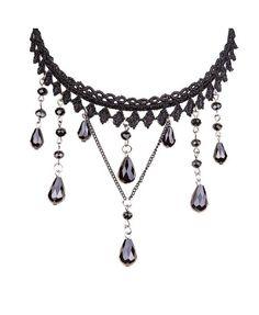 Spitzenhalskette mit Perlen