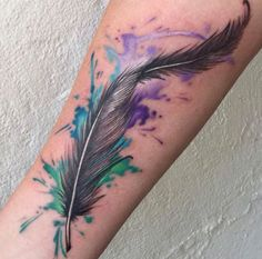 Plume Feather Tattoo Ideas with watercolor - Mom