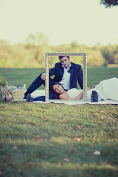 I don't like this pose but i do like the idea of taking wedding pictures with a big frame! Wedding Photography Poses, Wedding Poses, Couple Photography, Wedding Engagement, Wedding Portraits, Engagement Session, Wedding Ideas, Picture Poses, Photo Poses