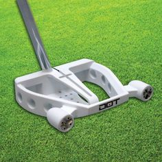 As a spin-off the last point, you need to select clubs that have perimeter weighted heads owing to the expanding sweet spot.