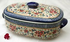 Large baker with lid, Polish pottery
