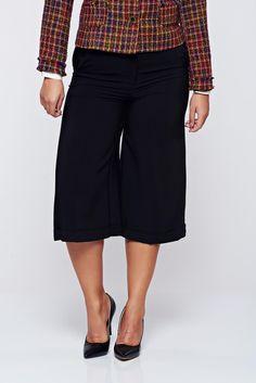 Comanda online, Pantaloni Top Secret negri 3/4 cu talie medie cu buzunare. Articole masurate, calitate garantata!
