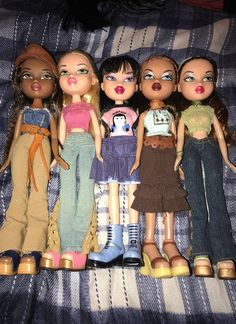 Mode Outfits, Girl Outfits, Fashion Outfits, Bratz Doll Outfits, Brat Doll, Bratz Girls, 2000s Fashion, Pretty Dolls, Colourful Outfits