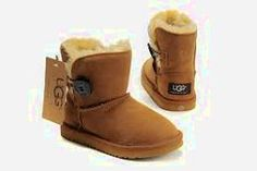 UGG slippers UGG slipper size 8 only worn a few times and they are stylish while keeping your feet toasty UGG Shoes Slippers