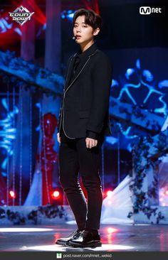 Wanna-One - Park Jihoon Young Park, Cho Chang, Site Photo, Produce 101 Season 2, Kim Jaehwan, 2 Boys, Ha Sungwoon, Bts And Exo, Ji Sung