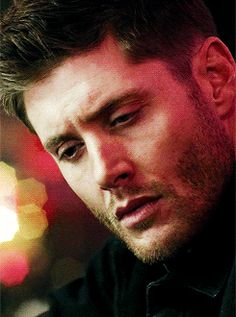 Only Jensen Ackles could make that face look gloriously sexy. Good lord.
