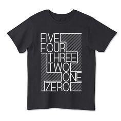 カウントダウン T-Shirt #typography Design Kaos, Tee Shirt Designs, Shirts For Teens, Mens Fall, Tee Shirts, Tees, Minimal Fashion, Lettering Design, Shirt Outfit