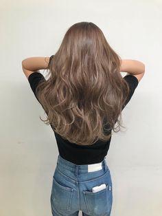 Korean Hair Color Brown, Hair Color Asian, Ash Brown Hair Color, Brown Blonde Hair, Light Brown Hair, Coiffure Hair, Hair Upstyles, Aesthetic Hair, Hair Color Balayage