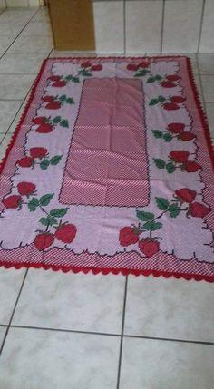 Bordado em tecido xadrez - Toalha (Detalhes sobre o bordado... Visitar)