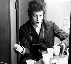 Bob Dylan, my love Bob Dylan, Travelling Wilburys, Le Concert, Neil Young, Tumblr, American Singers, Queen Elizabeth, The Beatles, My Love