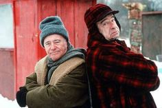 Jack Lemmon and Walter Matthau.  Two of my fav funny guys in one pic!  Loved these two..........esp.  The Odd Couple and Grumpy Old Men!