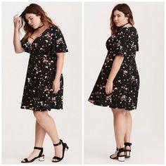 ef0bb5634404 Torrid Women's Dress Plus Size 4 V-Neck Butterfly Flutter Sleeve 4XL Black  23 #
