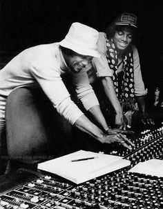 Michael Jackson and Quincy Jones in 1979 working on Off The Wall.