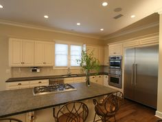 Oversized kitchen island in Plan 024D-0797 | House Plans and More