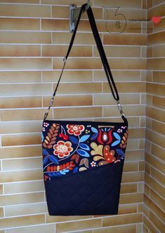 Photo to pattern Shopper Mia by pattydoo The post Schnabelina Bag appeared first on Woman Casual - DIY and crafts Bag Patterns To Sew, Sewing Patterns, Sewing Tutorials, Sewing Projects, Crochet Patterns, Diy Bags No Sew, Paper Diamond, Tassel Bookmark, Easy Diy Christmas Gifts