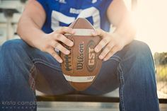 If you're anything like my husband Charlie and me, fall is all about the footb… – My CMS Football Senior Photos, Football Players Photos, Football Poses, Football Pictures, Senior Boy Poses, Senior Boys, Guy Poses, Senior Portraits, Photography Senior Pictures