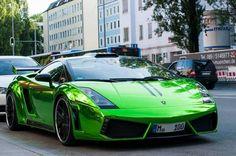 Lamborghini gallardo thats green