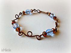 """Braccialetto """"delicato"""" in rame, mezzi cristalli Light Sapphire e cristalli cinesi a rondella sfacettata Crystal Copper - Tecnica wire handmade"""