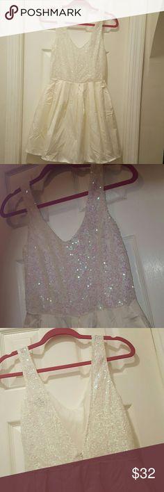 Asos sequin dress Vneck and v back. Back zipper. Tulle lining. Sleeveless. ASOS Dresses