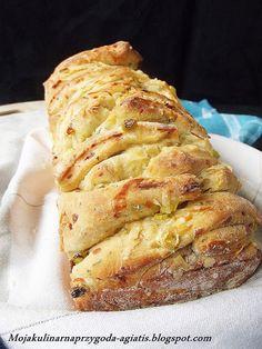 Moja kulinarna przygoda: Chlebek odrywany z parmezanem i ziołami - World Bread Day 2013