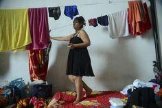 #El miedo que enfrentan las latinoamericanas embarazadas con zika - Univisión: Univisión El miedo que enfrentan las latinoamericanas…