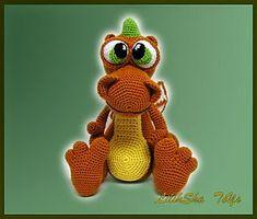 Amigurumi Pattern - Dragon via Etsy Crochet Animal Patterns, Stuffed Animal Patterns, Crochet Animals, Crochet Crafts, Crochet Dolls, Crochet Projects, Crocheted Toys, African Flowers, Dragon Pattern