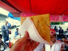 Um pastel de bacalhau que muito admiro é o vendido numa barraca na Feira da Rua…