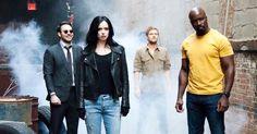 Uma nova imagem de Os Defensores, mostra os heróis reunidos nas páginas da revista Empire.    Os Defensores, da Marvel, segue Demolidor, Jessica Jones, Luke Cage e Punho de Ferro. Um quarteto de heróis singulares com um