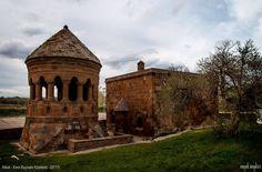 Ahlat Kümbetleri - Bitlis - Emrah Kendilci