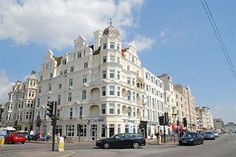 UMI Hotel Brighton  3 étoile(s)  64 Kings Road, Brighton, BN1 1NA Royaume uni 01 57 32 35 66