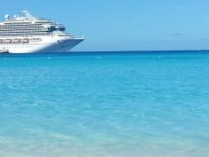 Ahhh... love this beautiful island!!! Stayed at Marriots Frenchman's Reef and visited on a Disney cruise. Great shopping! Did not enjoy the food.