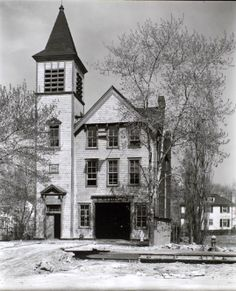 Firehouse no. 52, Spuyten Duyvil, Riverdale Avenue and 245th Street, Bronx, May 05, 1937.